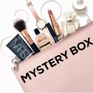 Mystery bundle package